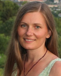Mag. Angela Toth